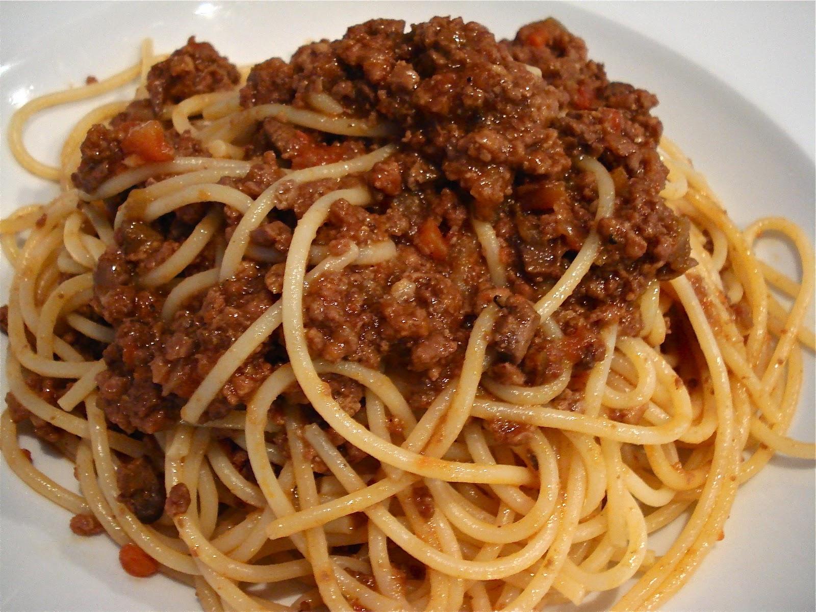 http://bolognain.info/wp-content/uploads/2015/10/Spaghetti.jpg